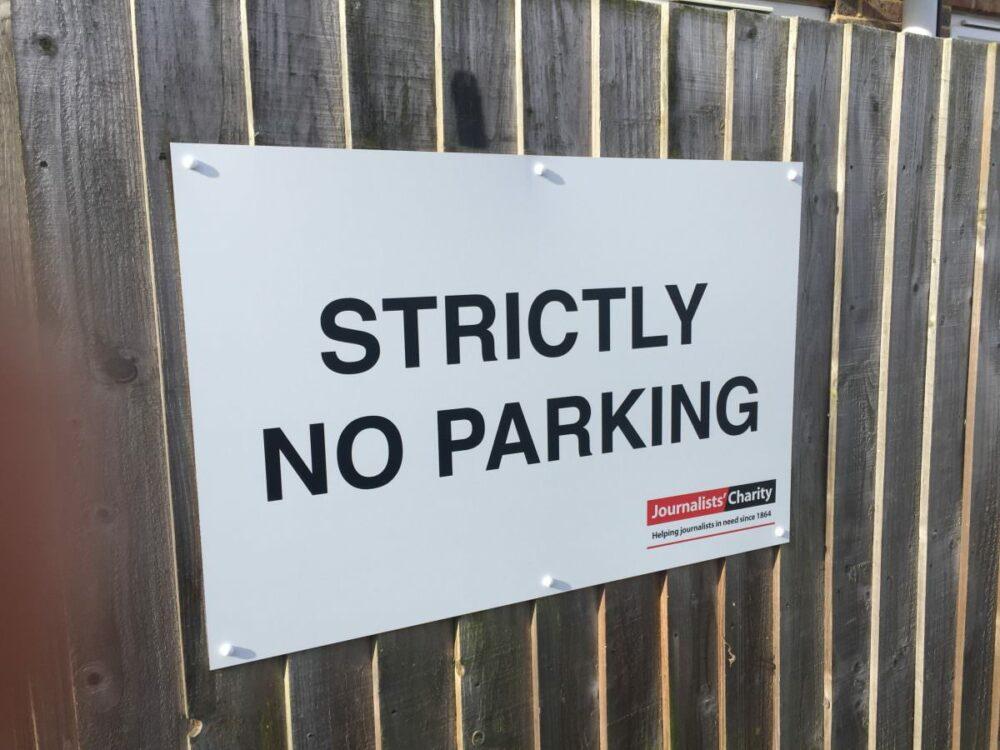 noparkingsign